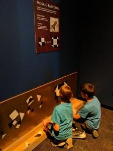 Pompeii-exhibition-mosaics